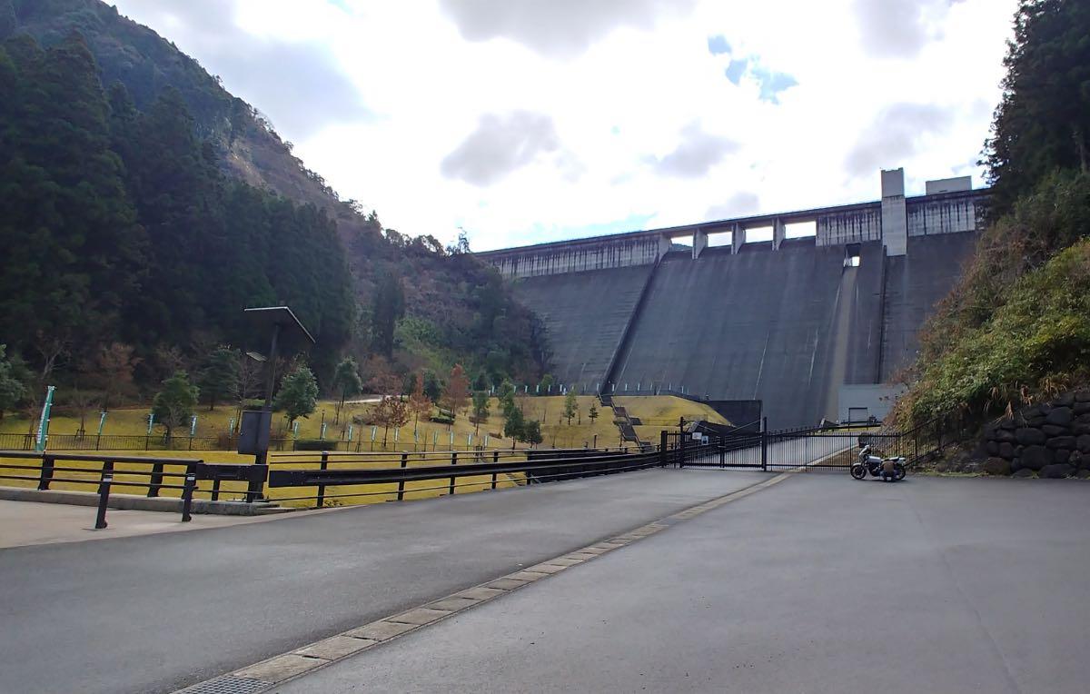 大山ダム ダム景色
