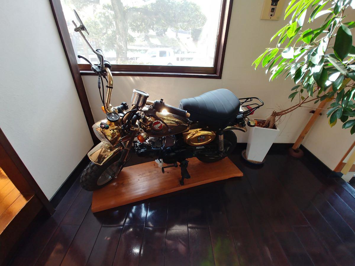 手打ち十割そばの廛ZEN バイク