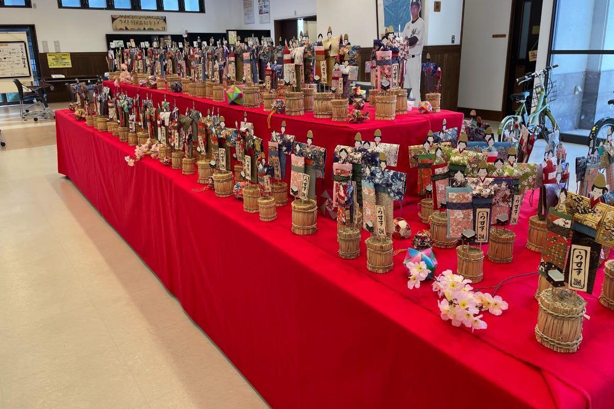 臼杵市観光交流プラザ 和紙雛人形