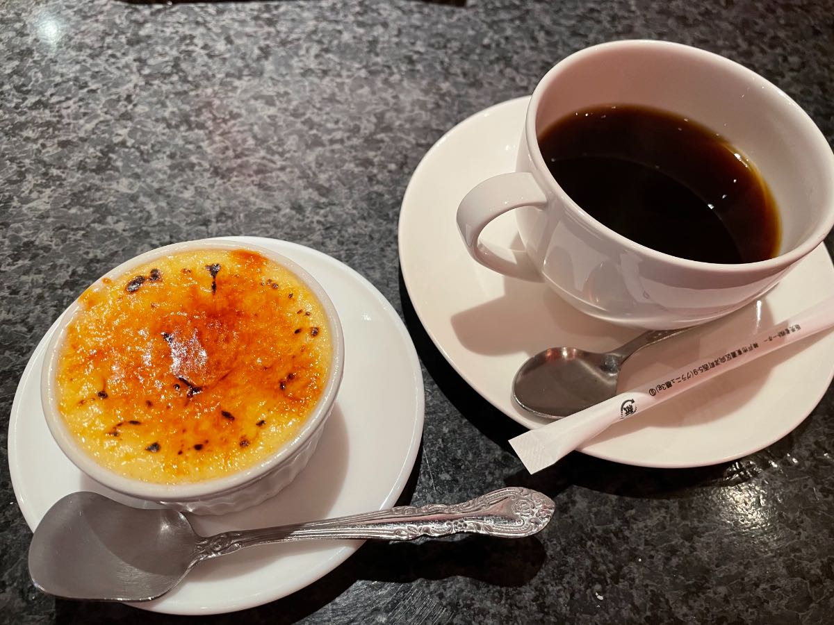 ヴィアデッラキエーザ コーヒーとクレームブリュレ