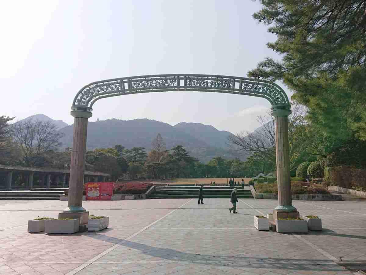 別府公園・東門