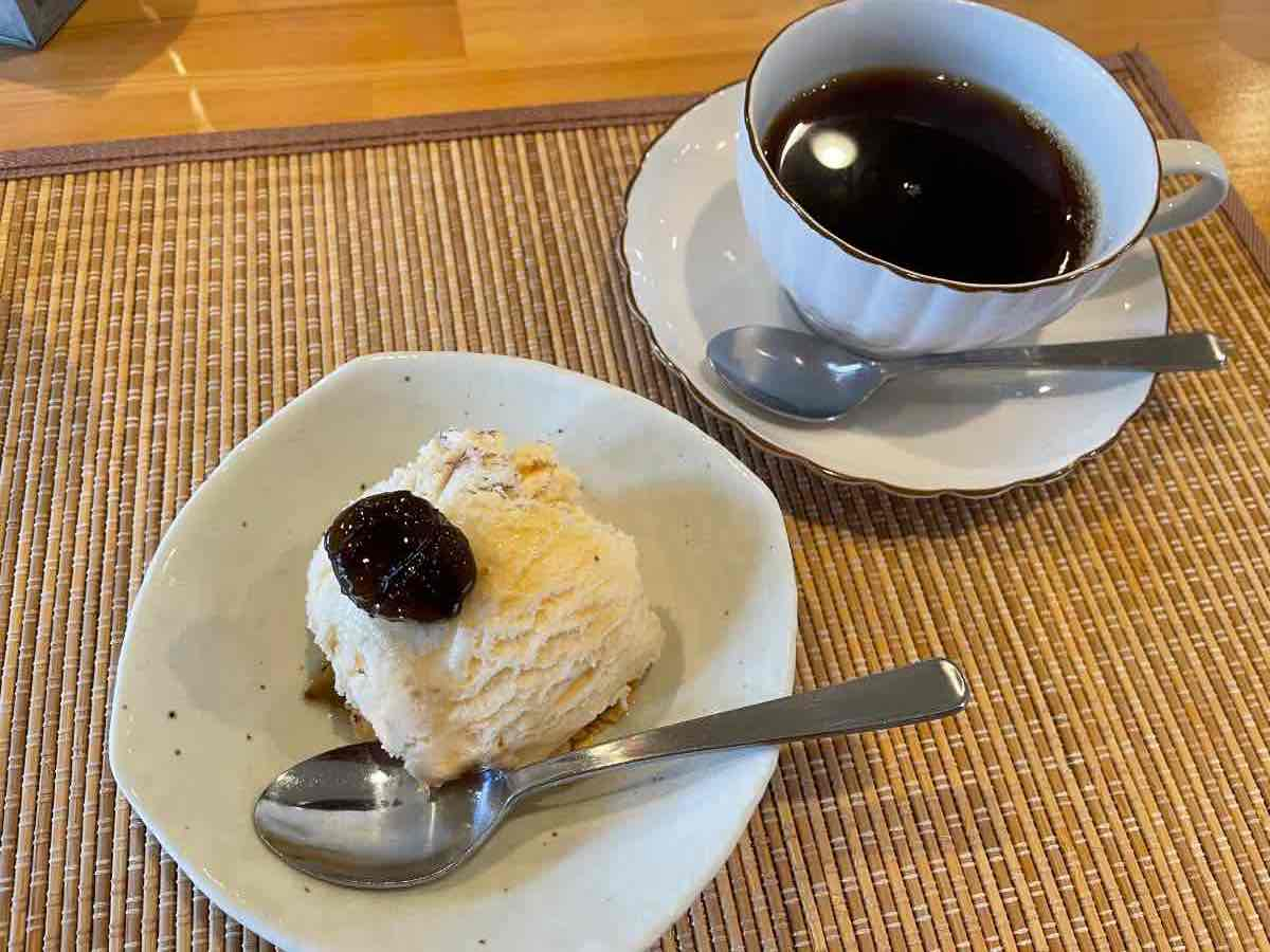 Curry K アイスクリームとコーヒー