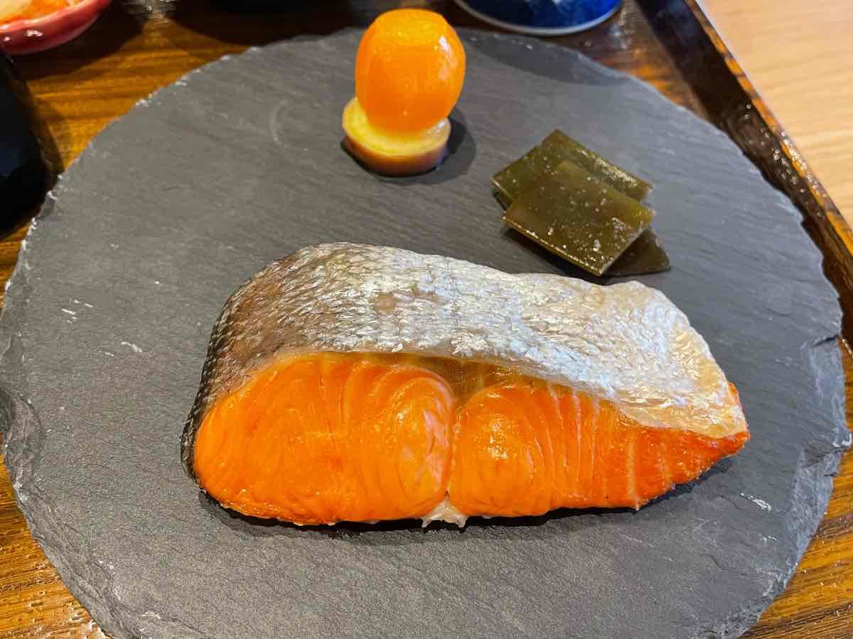 クアパーク 朝食鮭