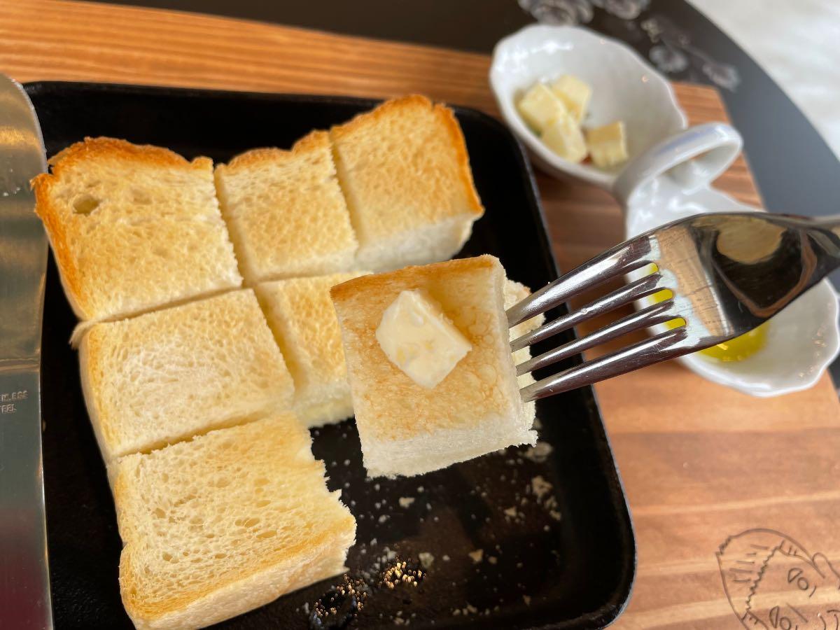 NEWS DELI BAKERY トーストとバター