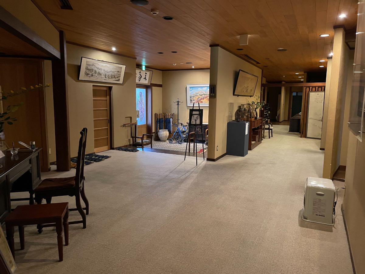 大丸旅館 玄関ホール
